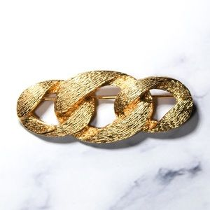 Vintage Napier Jewelry Gold Tone Brooch Pin